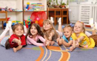 Сколько детей положено на одного воспитателя?