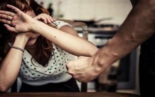 Сколько мне дадут лет колонии .если в целях самообороны убить мужа бывшего, он угрожает и может придти и бить.